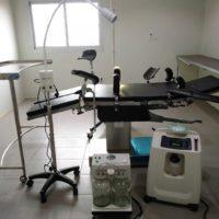 CentroMédicoNkolondom_equipamiento 3