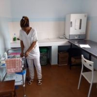 CentroMédicoNkolondom_sala curas enfermeria